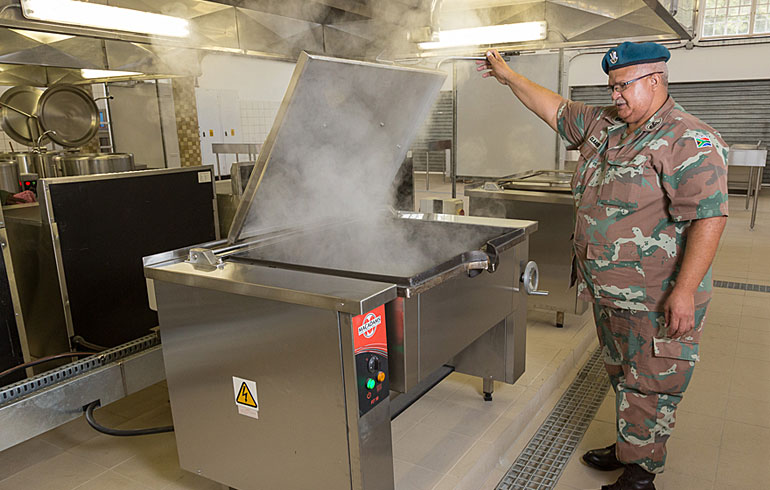 15-sandf-tempe-military-base-fagor-catering-kitchen