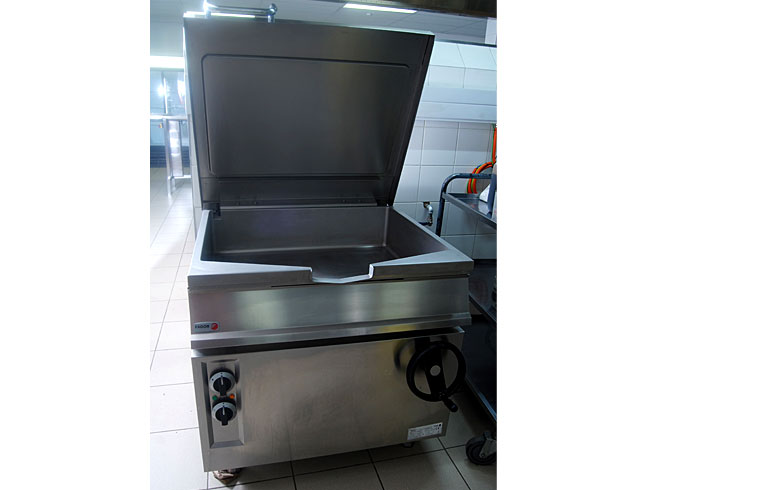 midmed-hospital-catering-equipment-cold-freezer-room-fagor-tilting-pan