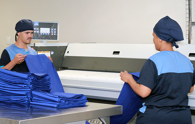 18 stellenbosch-hospital-laundry-folding-roller-iron