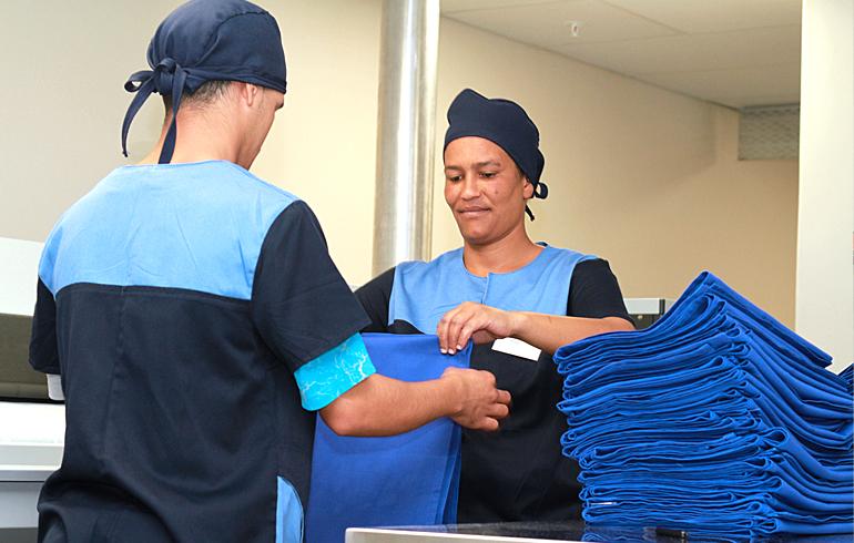 19 stellenbosch-hospital-laundry-folding-roller-iron