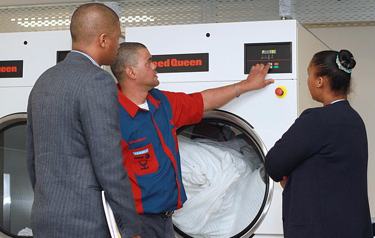 8 laundry-training-stellenbosch-mediclinic-speed-queen-washing-machines