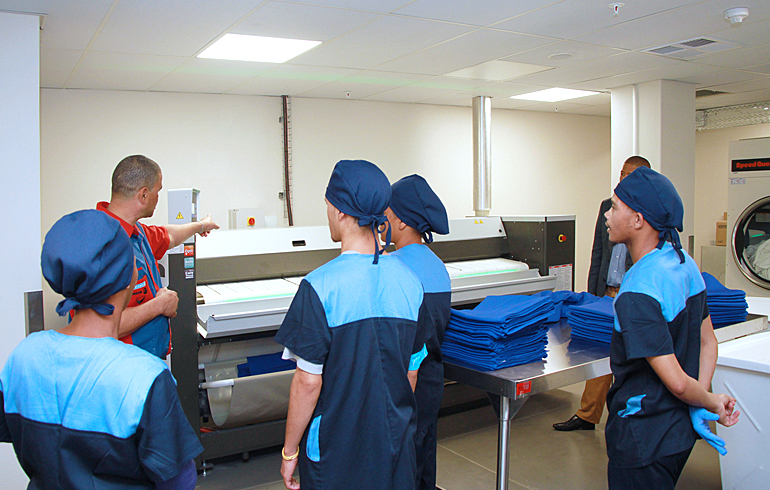 9 laundry-training-stellenbosch-mediclinic-speed-queen-washing-machines